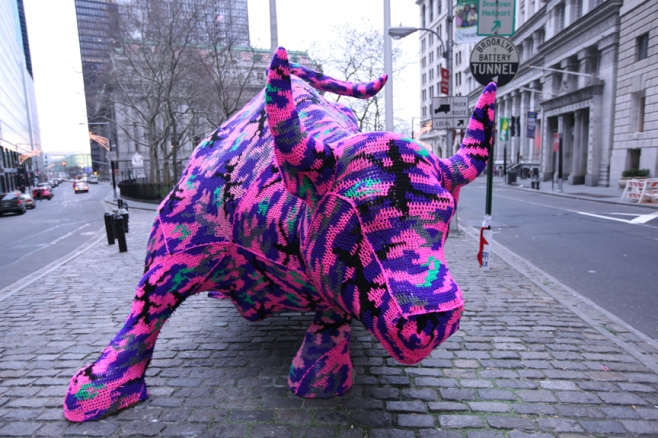 Olek crocheted Bull of Wall Street. Guerrilla crotchet at its finest. Image courtesy of olekappeal.com.